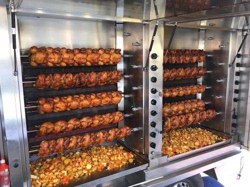 Rotary D1990 UNI - Une histoire de poulets...