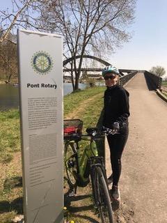 Le Pont Rotary ... Anna Ravizza en promenade exploratoire