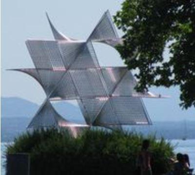 Ouverture au Monde Sculpture d'Angel Duarte Offerte par le RI à la Ville de Lausanne à l'occasion de la Convention internationale 1 de 1973